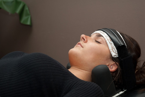 spinal decompression - decompression traction therapy